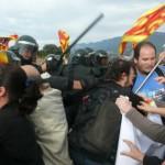 20121010143241-Artieda-carga-Guardia-Civil-